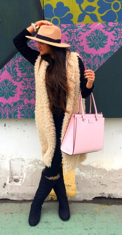 How to style fur vest outfit 3