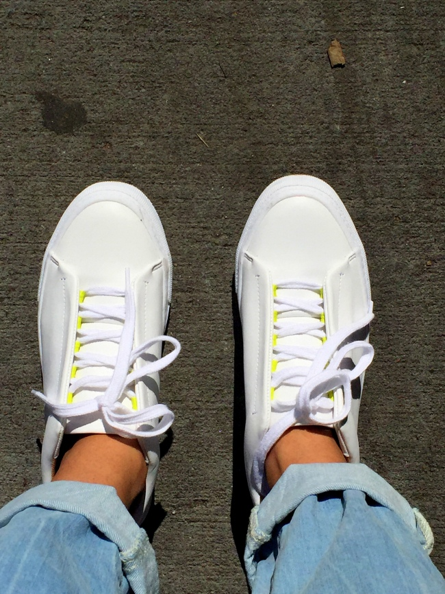 White Sneakers outfits 7