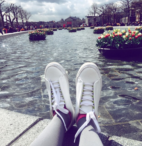 Travel Outfits - What to Wear in Amsterdam 5