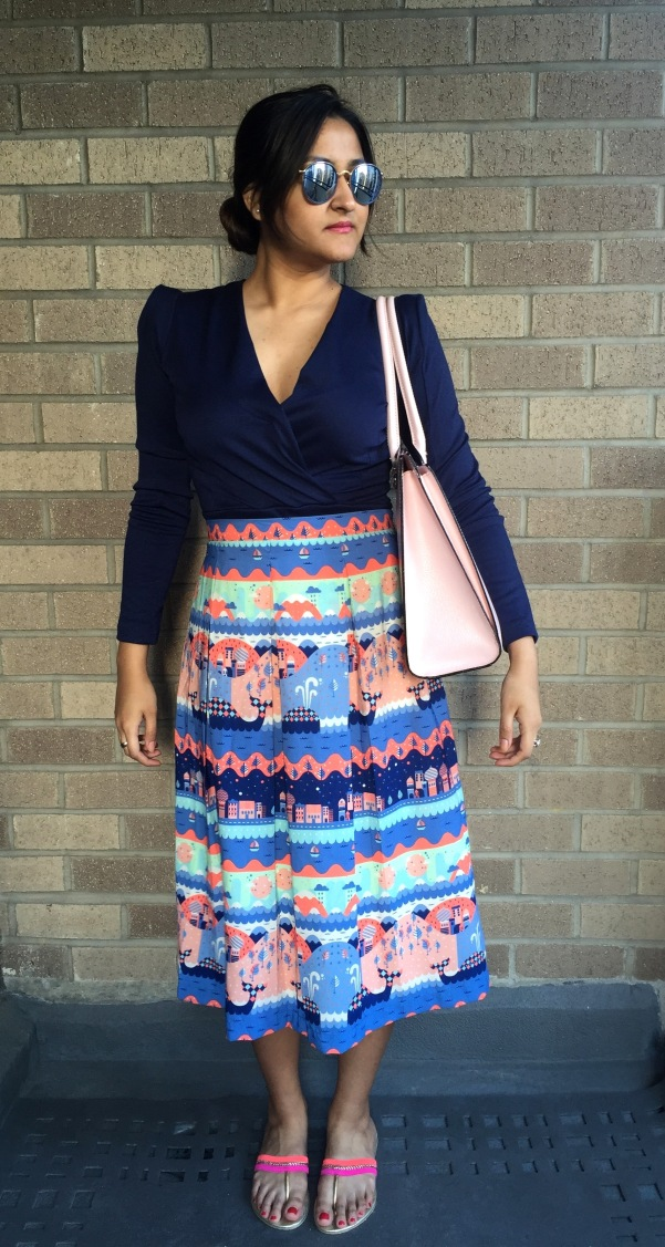 What to Wear With a Printed Skirt 8