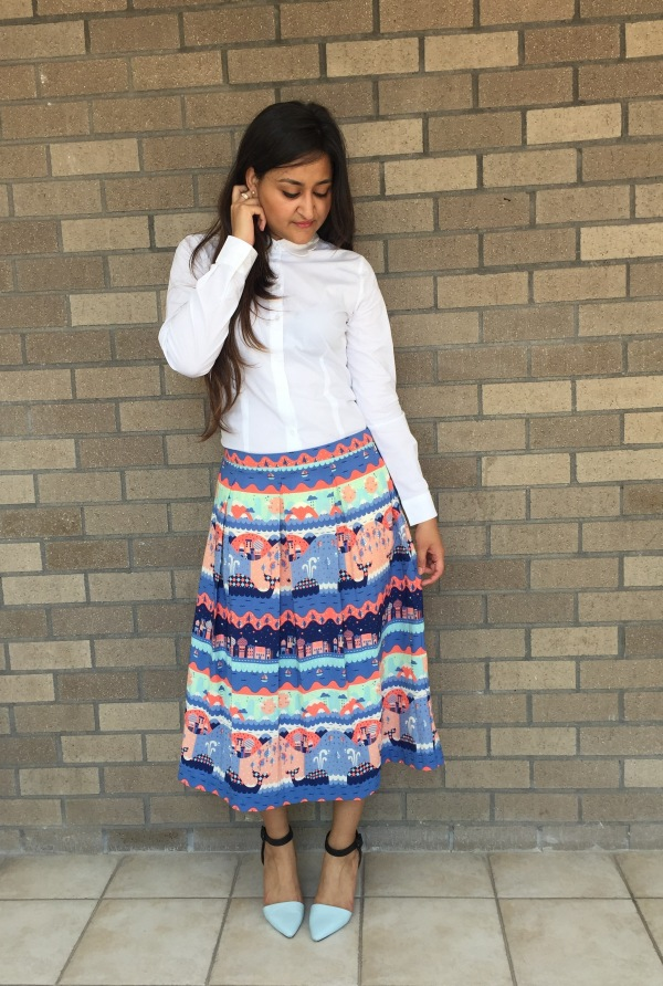 What to Wear With a Printed Skirt