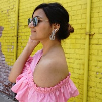 asymmetrical one shoulder tops ruffles summer trend 2