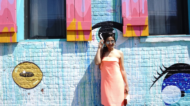 colorful pastel neon outfits and thredup review 9