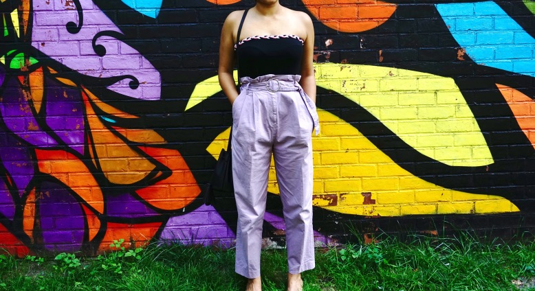 how to wear paperbag pant trend outfit 2