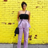 how to wear paperbag pant trend outfit 3