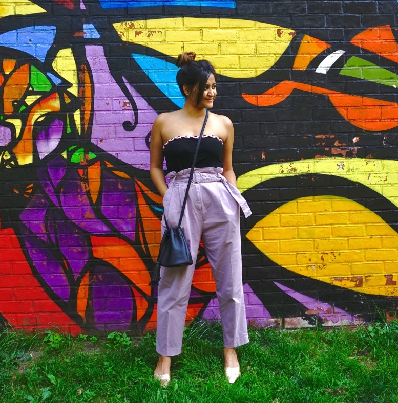how to wear paperbag pant trend outfit 5