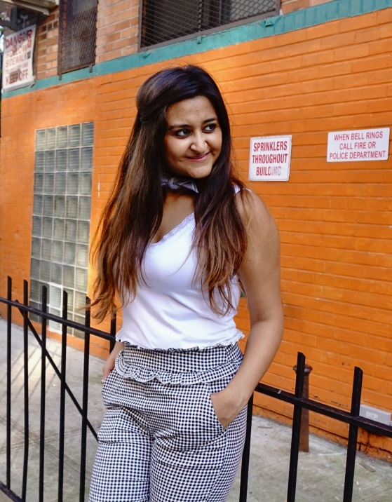 Frilled Waist Gingham Pants Outfit 8