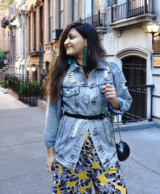 How to Wear The Denim Jacket Trend 5