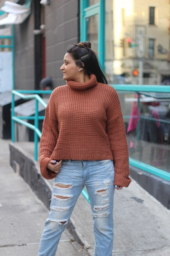 Winter outfit Boyfriend Jeans and Oversized Sweater 1