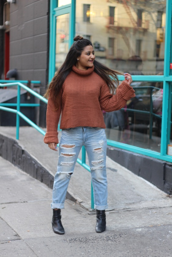 Winter outfit Boyfriend Jeans and Oversized Sweater 3
