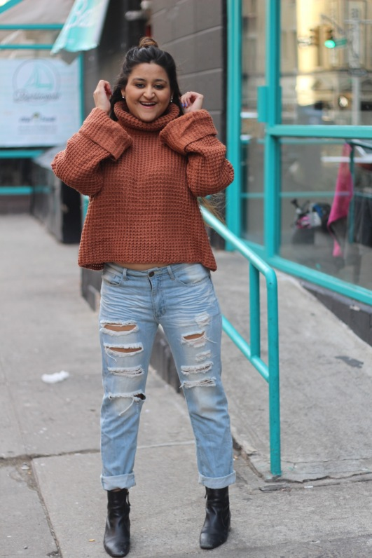 Winter outfit Boyfriend Jeans and Oversized Sweater