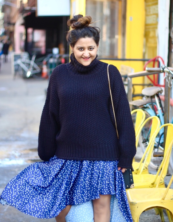 Winter Sweater and Skirt Combination Outfit 9