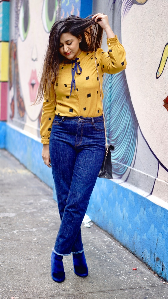 How to Wear Mom Jeans 7