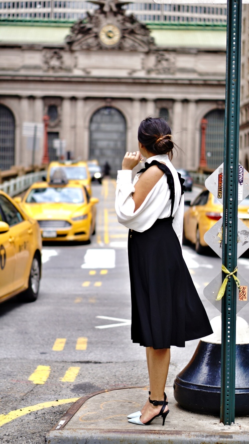 How to wear Pinafore or Overall trend 3