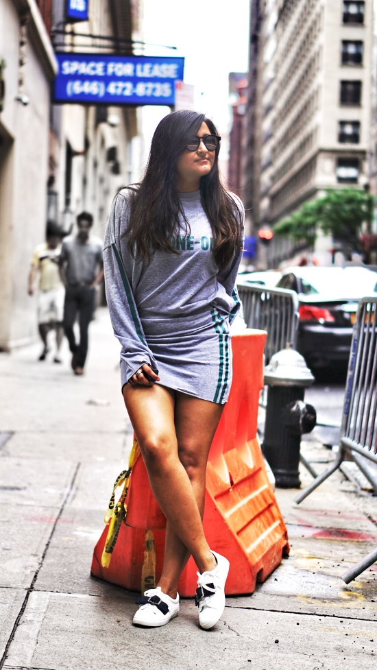 How to Wear Athleisure Trend 5