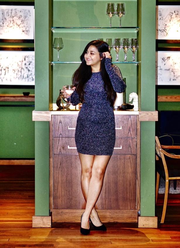 New-Years-Eve-Glitter-Dress-Outfit-Idea-2.jpg