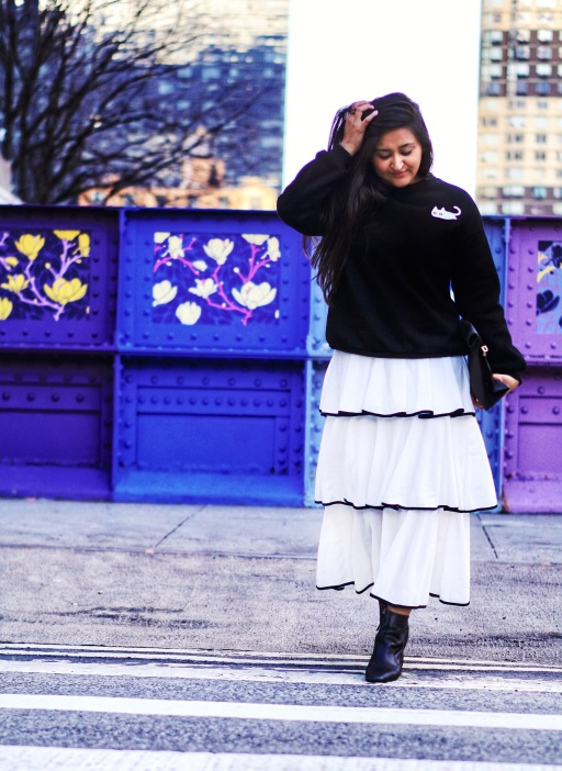 skirt and sweatshirt street style outfit 2