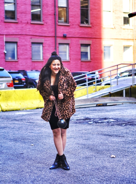 How to Wear Leopard Animal Print Coat 8